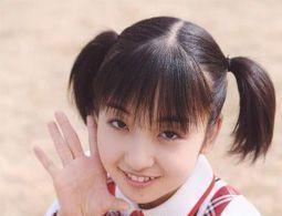 板野友美 画像1.jpg